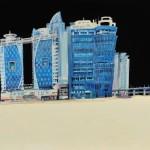 夜と青い建物